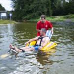 Kąpiel w amfibii przy asyście ratownika